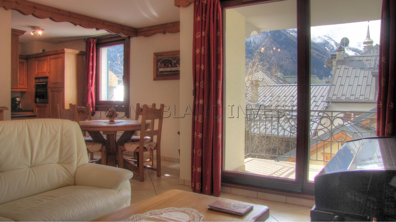 Dans une résidence de standing achevée en 2009 et parfaitement située, appartement trois pièces de 62 m² environ à vendre, à
