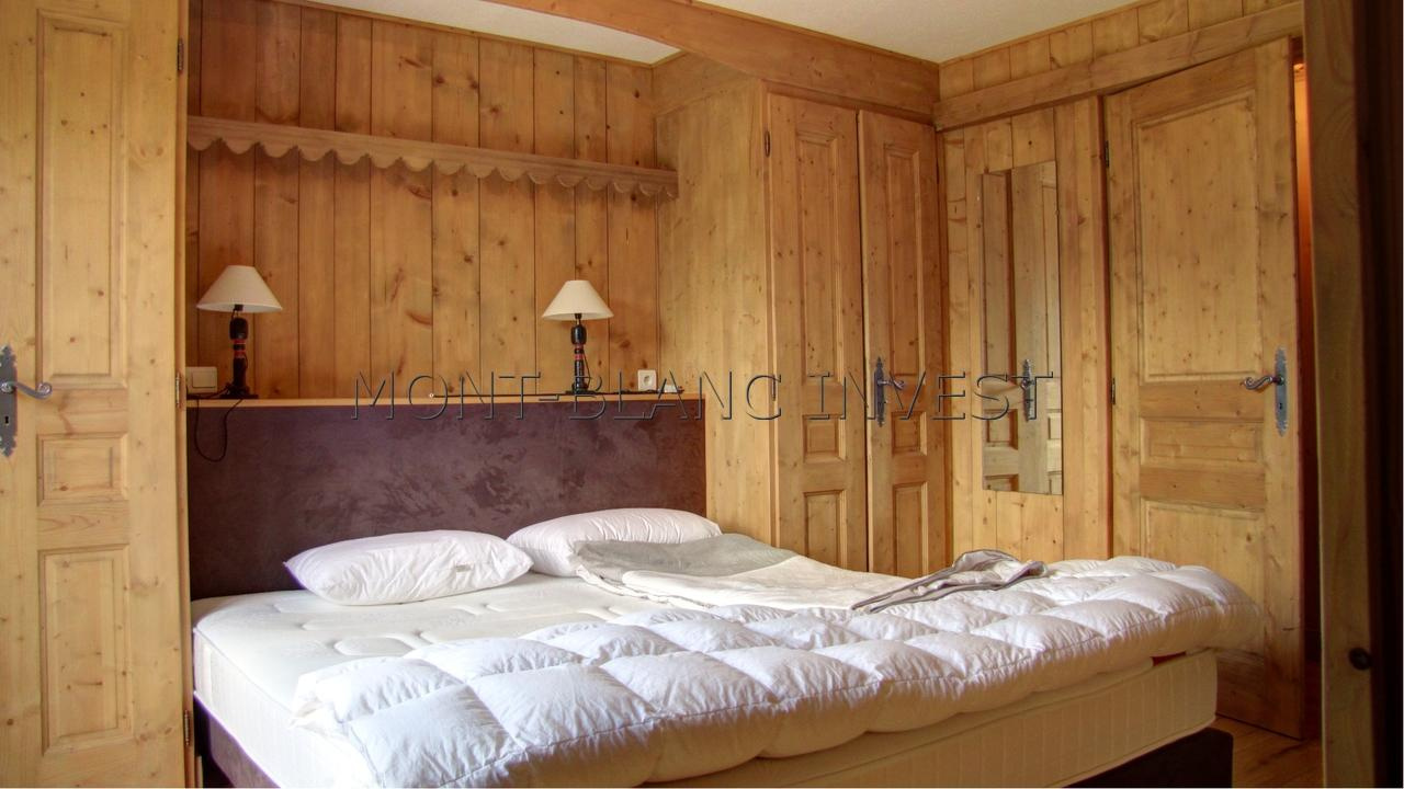 5 BEDROOM CHALET IN LES CHAVANTS